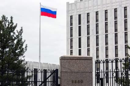 Посольство РФ: США стали инициаторами визовой войны