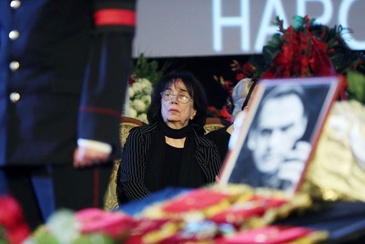 Вдова Алексея Баталова затягивает разбирательство по делу Дрожжиной и Цывина