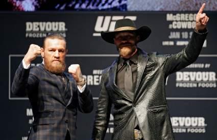 Поединок Макгрегора и Серроне стал самым прибыльным для UFC в этом году