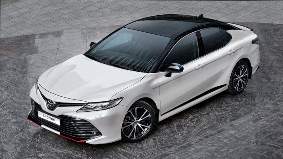 Продажи автомобилей в РФ Toyota в октябре выросли на 2%