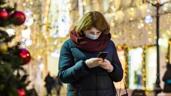 В Кремле опровергли информацию о введении жесткого карантина на новогодние праздники