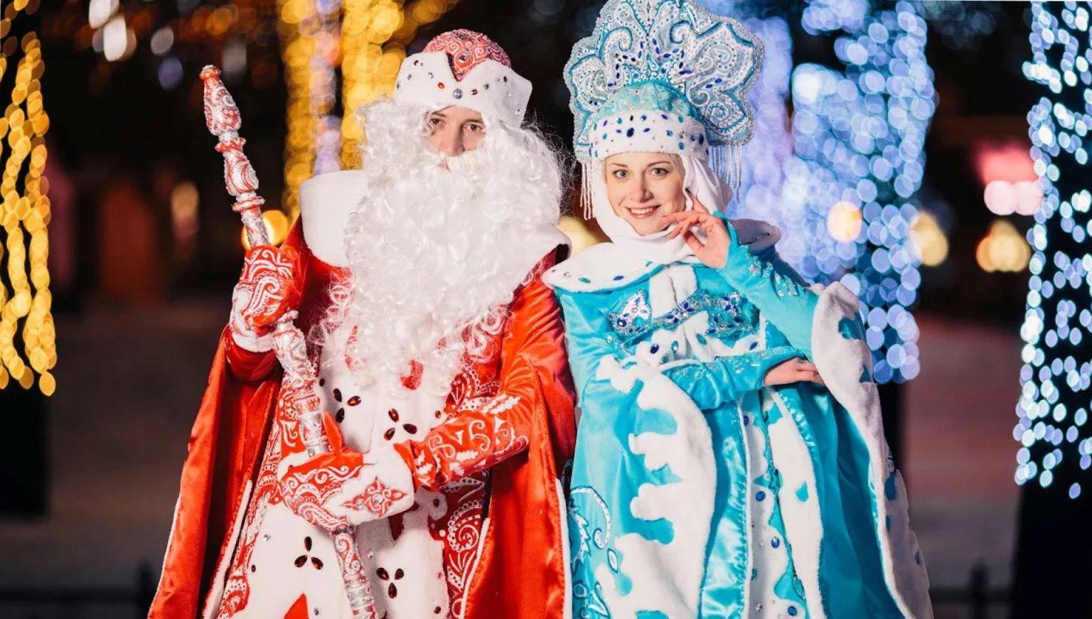 В России в 2 раза возросло число резюме Дедов Морозов и Снегурочек