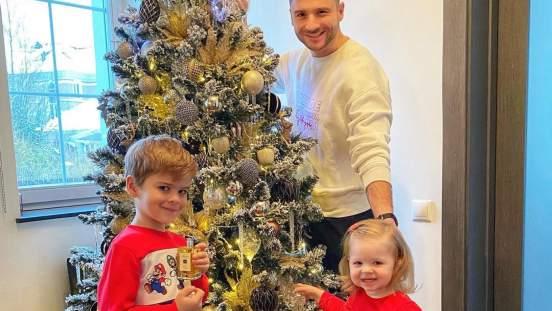 Сергей Лазарев впервые опубликовал фото с дочерью Анной