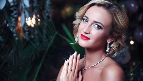 Ольга Бузова заявила, что хочет на Новый год «Майбах» и шубу из рыси