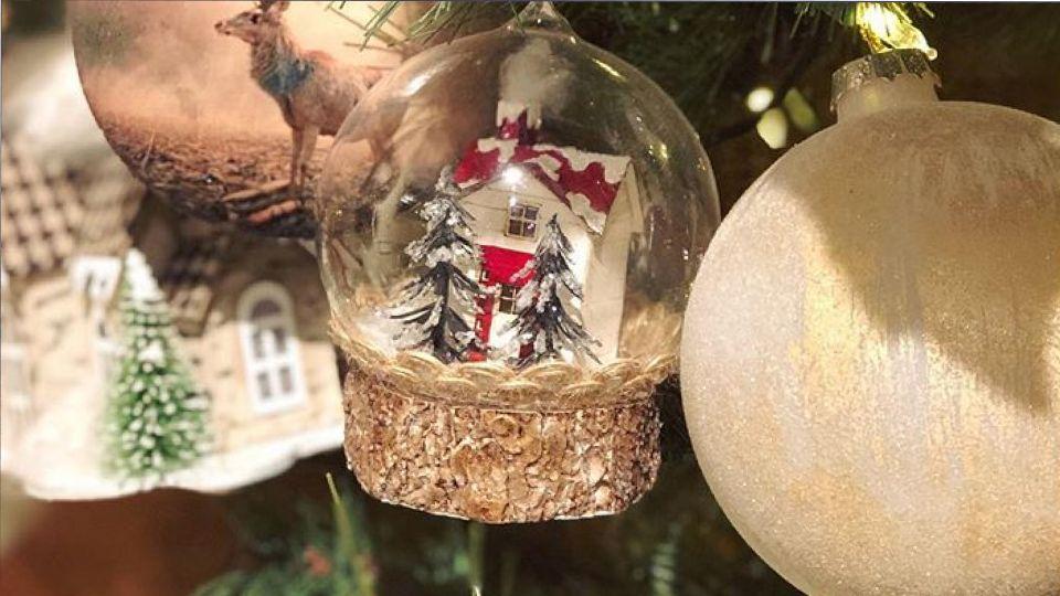 Стало известно, во сколько обойдутся новогодние украшения для дома в этом году