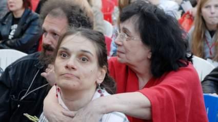 Вчера: Вдова и дочь Алексея Баталова заболели коронавирусом и приостановили следственные действия