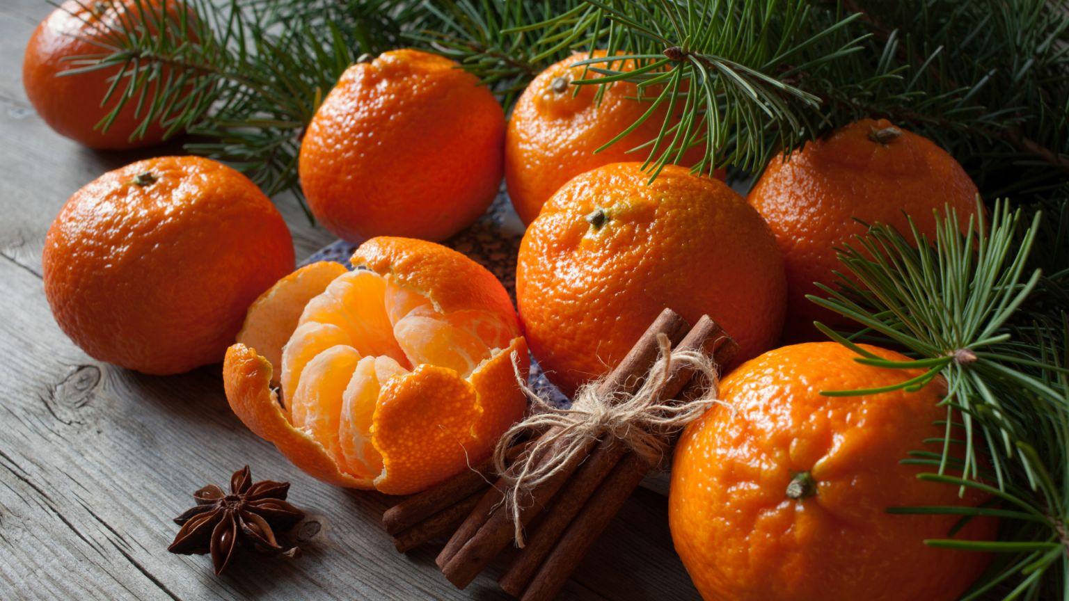 Эксперты призывают ограничить потребление мандаринов в праздники