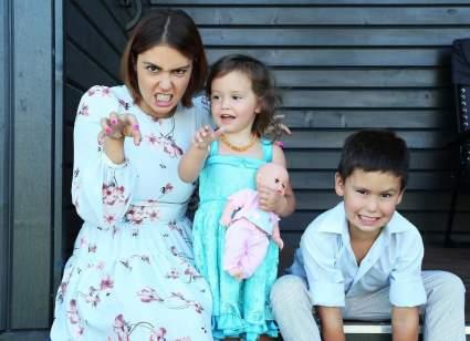 Дети Прилучного и Муцениеце не хотят звонить отцу после развода родителей