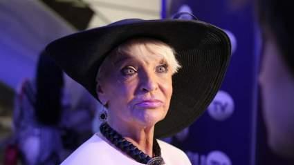 80-летнюю актрису Светлану Светличную показали после инсульта