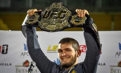 Соннен призвал UFC лишить Хабиба Нурмагомедова чемпионского пояса