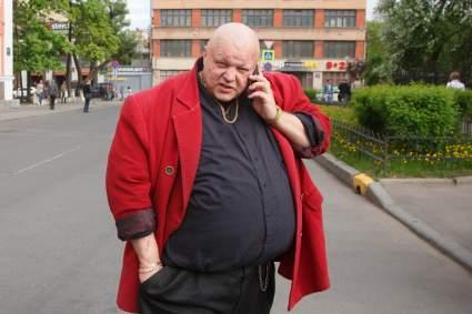 Стас Барецкий предложил построить для российских звезд кладбище с танцплощадкой