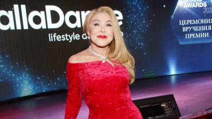 67-летняя Любовь Успенская продемонстрировала результат пластической операции на ягодицах