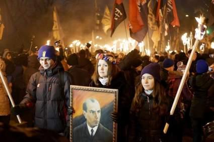 Львовский облсовет призвал вернуть Степану Бандере звание «Герой Украины»