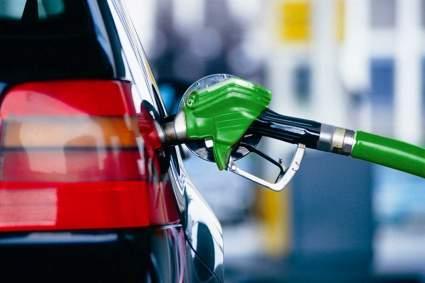"""Эксперты из """"Автовзгляда"""" назвали популярные у водителей в России мифы о бензине"""