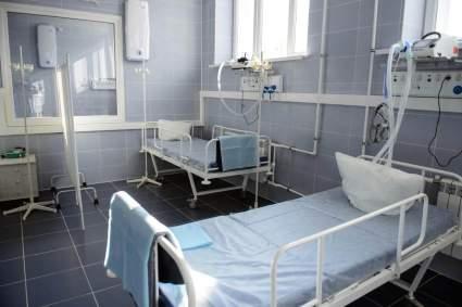 В РФ освободилось более 30% коек для пациентов с COVID-19