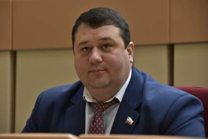 Саратовский депутат потребовал смертной казни для коррупционеров