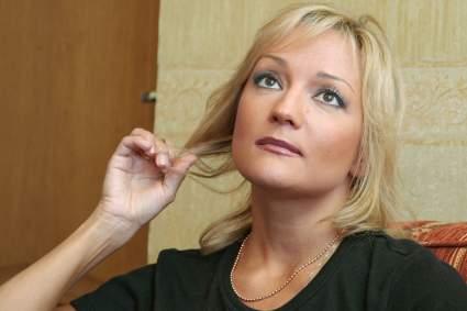 51-летняя Буланова без макияжа показала результат зимней рыбалки