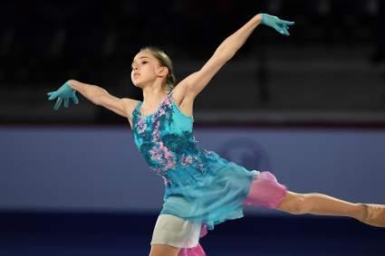 Фигуристка Аделина Сотникова не считает Камилу Валиеву главным фаворитом Олимпиады-2022