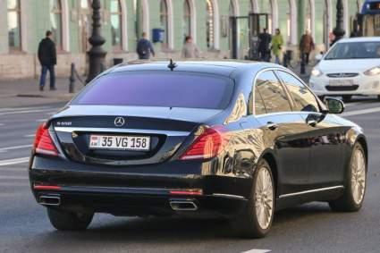 Госдума предлагает легализовать автомобили с армянскими номерами