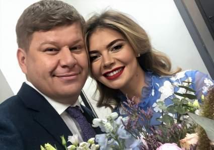 Комментатор Дмитрий Губерниев рассказал об общении с Алиной Кабаевой и новогоднем подарке от неё