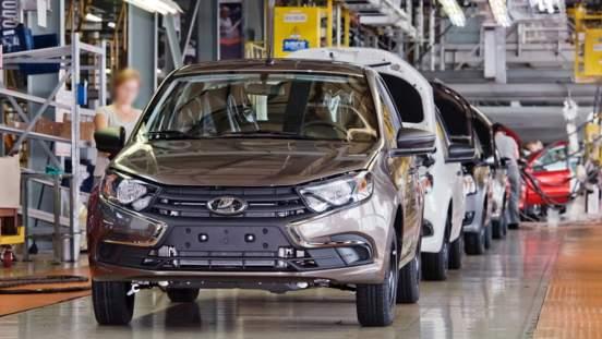 """К 2025 году """"АвтоВАЗ"""" будет выпускать Lada на платформе Renault-Nissan"""