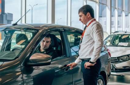 На покупку автомобиля в 2021 году в РФ государство выплатит до 375 000 рублей
