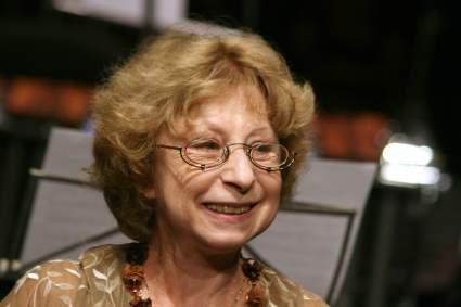 82-летняя актриса Лия Ахеджакова госпитализирована с коронавирусом