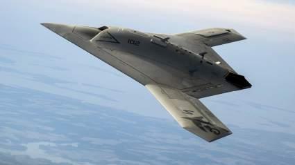 Российский дрон «Охотник» успешно нанес бомбовый удар в ходе испытаний