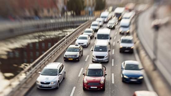 «АвтоВАЗ» повысил цены на автомобили Lada на 10-39 тысяч рублей с 15 января 2021 года
