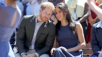 Королевская семья обвинила принца Гарри и Меган Маркл в эксплуатации образа принцессы Дианы