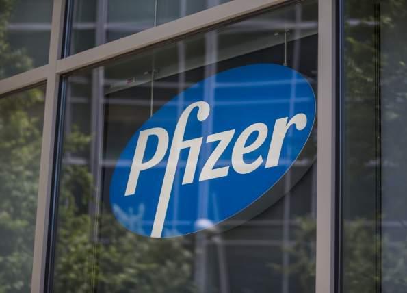 Pfizer не сможет продать вакцину частным больницам России в 2021 году