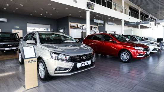 «АвтоВАЗ» в очередной раз поднял ценник на автомобили Lada с 15 января 2021 года