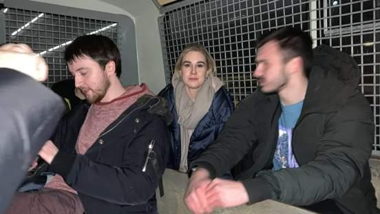 Сотрудники МВД задержали Любовь Соболь