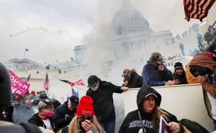 МИД КНР прокомментировал беспорядки в Вашингтоне