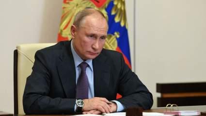 Политолог Марков предрек попытку свержения Путина осенью