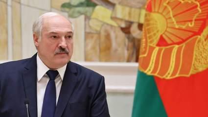 Александр Лукашенко заверил в способности Белоруссии справиться с кризисом