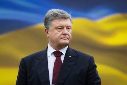 Петр Порошенко пригрозил России наказанием за арест Навального