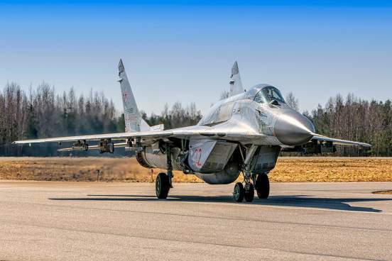 Индия планирует приобрести у России истребители МиГ-29 и Су-30МКИ