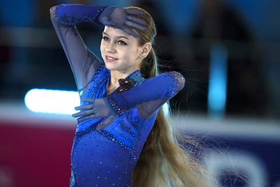 Фигуристка Трусова надела пуанты и показала балетную тренировку