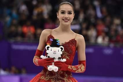 Японцы признались в любви поразившей их Алине Загитовой