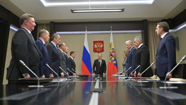 Путин обсудил с Советом безопасности задержание россиян в Белоруссии