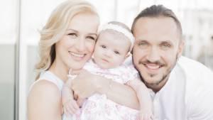 Татьяна Волосожар: «Свяжет ли дочь жизнь с фигурным катание? Все будет зависеть только от ее желания и успехов. Но спортивные гены у нее точно есть»