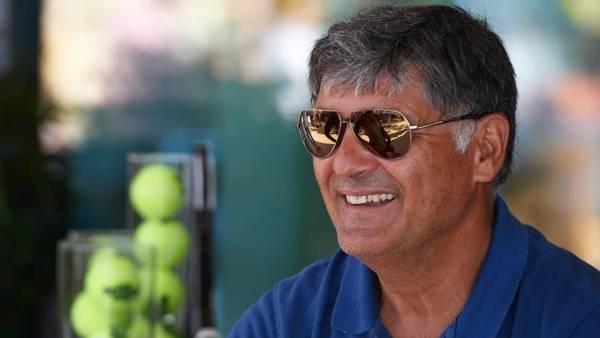 Тони Надаль: Лучше всех в Туре подаёт Федерер