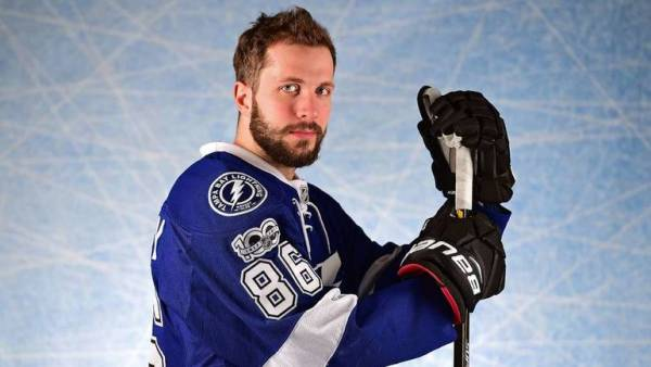 Кучеров возглавил рейтинг правых нападающих плей-офф НХЛ