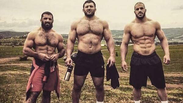Борцы вольного стиля возобновили тренировочные сборы после длительного перерыва