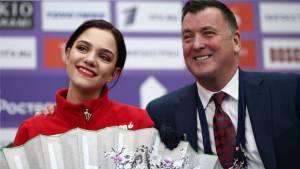 Медведева показала, как тренируется в Москве по видеосвязи с Орсером