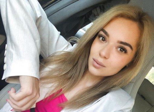 Аделина Сотникова объяснила, почему играет одну и ту же роль с Загитовой в шоу Навки