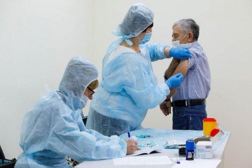 Учёные заявили, каких осложнений нужно бояться после вакцинации