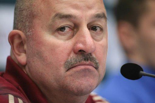 Черчесов уволен: РФС расторгла контракт с главным тренером российской сборной по футболу