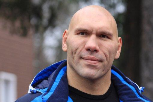 Валуев заявил, что Гассиев делал все абсолютно правильно в бою с Валлишем
